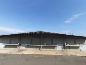 Galpon - Deposito En Alquileren Maracaibo, Zona Industrial Sur, Venezuela, VE RAH: 21-3960