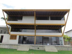 Casa En Ventaen Caracas, Los Naranjos Del Cafetal, Venezuela, VE RAH: 21-4020