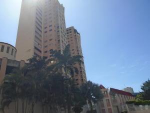 Apartamento En Ventaen Caracas, Colinas De Bello Monte, Venezuela, VE RAH: 21-4031