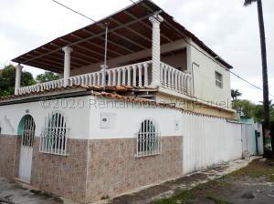 Townhouse En Ventaen Barquisimeto, Nueva Segovia, Venezuela, VE RAH: 21-4033