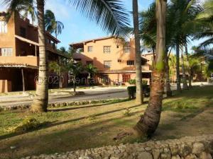 Apartamento En Ventaen Boca De Aroa, Boca De Aroa, Venezuela, VE RAH: 21-4057