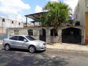 Local Comercial En Ventaen Acarigua, Centro, Venezuela, VE RAH: 21-4053