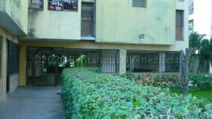 Apartamento En Ventaen Los Teques, El Trigo, Venezuela, VE RAH: 21-4059
