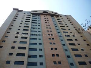 Apartamento En Ventaen Valencia, La Trigaleña, Venezuela, VE RAH: 21-4166