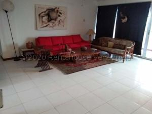 Apartamento En Ventaen Maracaibo, Valle Frio, Venezuela, VE RAH: 21-4117