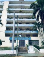 Apartamento En Ventaen Parroquia Caraballeda, Caribe, Venezuela, VE RAH: 21-4119
