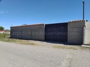 Casa En Ventaen Cabudare, Parroquia José Gregorio, Venezuela, VE RAH: 21-4148