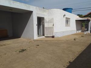 Casa En Ventaen Coro, Centro, Venezuela, VE RAH: 21-4157