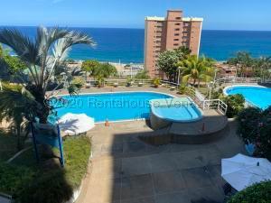 Apartamento En Ventaen Parroquia Caraballeda, La Llanada, Venezuela, VE RAH: 21-4273