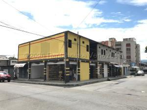 Local Comercial En Ventaen Barquisimeto, Parroquia Concepcion, Venezuela, VE RAH: 21-4221