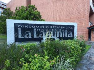 Apartamento En Ventaen Caracas, La Lagunita Country Club, Venezuela, VE RAH: 21-4242