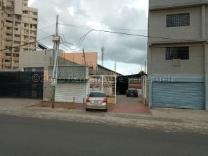 Local Comercial En Ventaen Maracaibo, Avenida Goajira, Venezuela, VE RAH: 21-5669