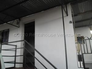 Casa En Ventaen Caracas, Parroquia La Vega, Venezuela, VE RAH: 21-4303
