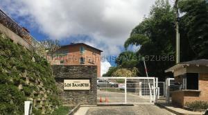 Apartamento En Alquileren Caracas, La Boyera, Venezuela, VE RAH: 21-4189