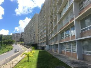 Apartamento En Ventaen Caracas, El Encantado, Venezuela, VE RAH: 21-5193