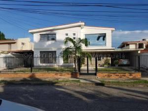Casa En Ventaen Maracay, Andres Bello, Venezuela, VE RAH: 21-7112