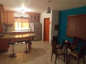 Casa En Ventaen Coro, Sector Independencia, Venezuela, VE RAH: 21-4351