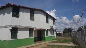 Galpon - Deposito En Ventaen Cabudare, La Mata, Venezuela, VE RAH: 21-4353