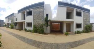 Casa En Ventaen Coro, Sector La Floresta, Venezuela, VE RAH: 21-4376