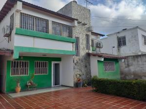 Casa En Ventaen Coro, Parcelamiento Santa Ana, Venezuela, VE RAH: 21-4618