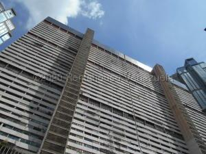 Apartamento En Ventaen Caracas, Parque Central, Venezuela, VE RAH: 21-4462