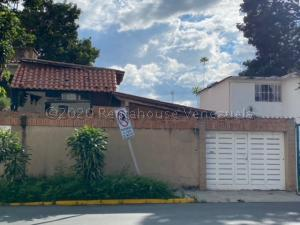 Casa En Ventaen Caracas, Santa Cecilia, Venezuela, VE RAH: 21-4398