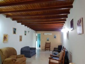 Casa En Ventaen Coro, Sector Bobare, Venezuela, VE RAH: 21-4411