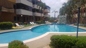Apartamento En Ventaen Higuerote, Puerto Encantado, Venezuela, VE RAH: 21-4504
