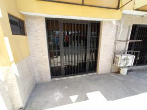 Local Comercial En Alquileren Barquisimeto, Parroquia Catedral, Venezuela, VE RAH: 21-4437