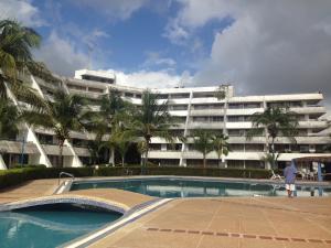 Apartamento En Ventaen Rio Chico, Los Canales De Rio Chico, Venezuela, VE RAH: 21-5677
