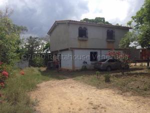 Terreno En Ventaen Barquisimeto, Parroquia El Cuji, Venezuela, VE RAH: 21-4446