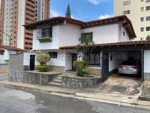 Casa En Ventaen Caracas, Santa Paula, Venezuela, VE RAH: 21-4483
