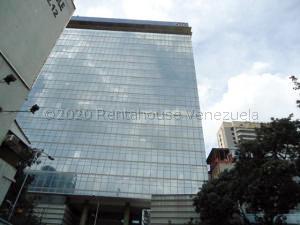 Local Comercial En Alquileren Caracas, Sabana Grande, Venezuela, VE RAH: 21-4492