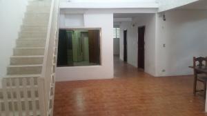 Casa En Ventaen Maracay, La Coromoto, Venezuela, VE RAH: 21-4523