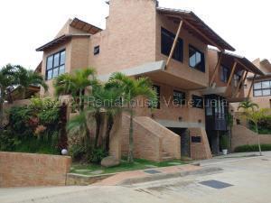 Casa En Ventaen Caracas, Alto Hatillo, Venezuela, VE RAH: 21-4540