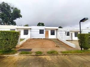 Casa En Ventaen Cabudare, Parroquia José Gregorio, Venezuela, VE RAH: 21-4560