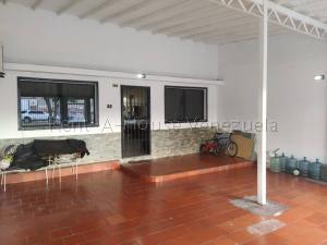 Casa En Ventaen Cabudare, El Trigal, Venezuela, VE RAH: 21-4588