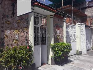 Casa En Ventaen Maracay, Los Olivos Nuevos, Venezuela, VE RAH: 21-4593