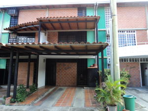 Townhouse En Ventaen Guarenas, Nueva Casarapa, Venezuela, VE RAH: 21-4603