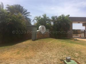 Terreno En Ventaen Punto Fijo, Terrazas Club De Golf, Venezuela, VE RAH: 21-4607