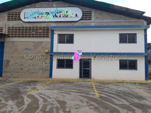 Galpon - Deposito En Ventaen Maracaibo, Zona Industrial Sur, Venezuela, VE RAH: 21-4613