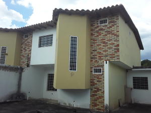 Townhouse En Ventaen Turmero, San Pablo, Venezuela, VE RAH: 21-4620