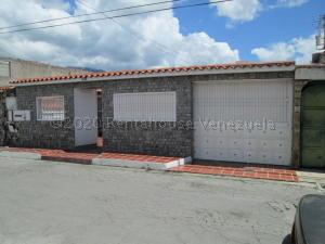 Casa En Ventaen Guatire, El Castillejo, Venezuela, VE RAH: 21-7016