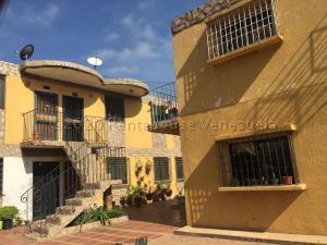 Apartamento En Ventaen Municipio San Francisco, San Francisco, Venezuela, VE RAH: 21-4638