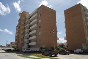 Apartamento En Ventaen Higuerote, Agua Sal, Venezuela, VE RAH: 21-4639