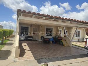 Casa En Alquileren Cabudare, Parroquia Cabudare, Venezuela, VE RAH: 21-4651