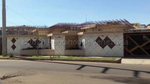 Casa En Ventaen Maracaibo, Monte Bello, Venezuela, VE RAH: 21-4663