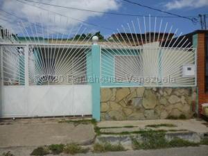 Casa En Ventaen Barquisimeto, Parroquia Juan De Villegas, Venezuela, VE RAH: 21-4665