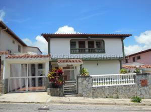 Casa En Ventaen Caracas, Los Naranjos Del Cafetal, Venezuela, VE RAH: 21-4669