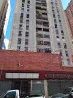 Apartamento En Ventaen Caracas, Parroquia La Candelaria, Venezuela, VE RAH: 21-4693